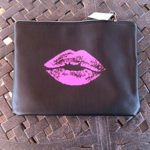 Bloomingdale's Exclusive Cosmetic Case